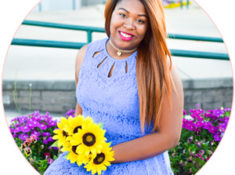 Desire Anne, founder of Senior Artistry | Resources, Tutorials, and Tips for Senior Portrait Photographers